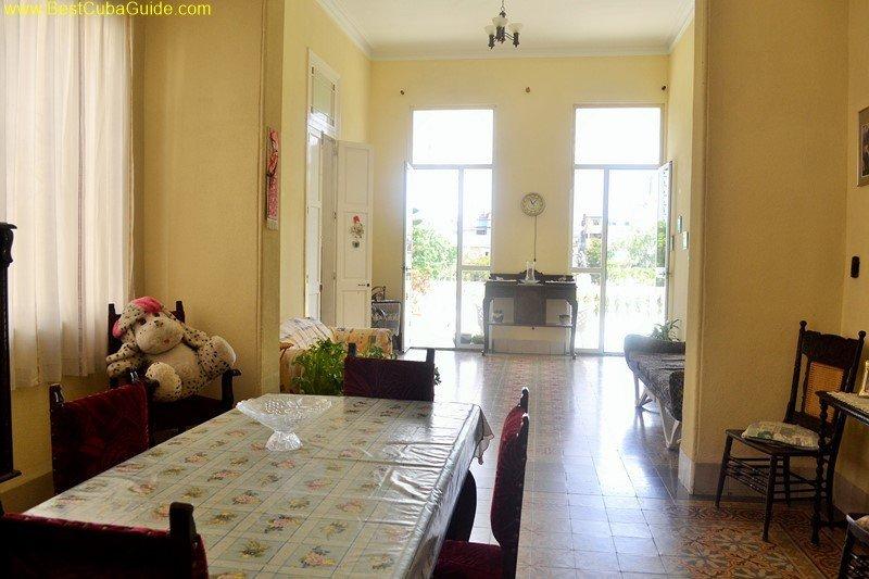 5 living area casa particular tomasa vedado havana