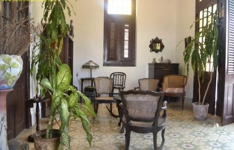 Casa Particular Carlos y Julio Vedado Havana Cuba (Shared living Area)