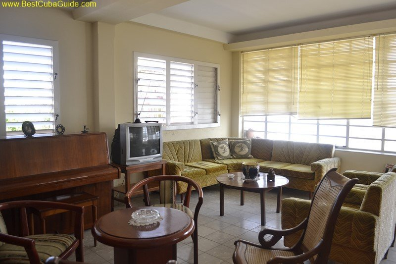 Independent apartment casa particular vedado Havana Ivelis modern with piano too