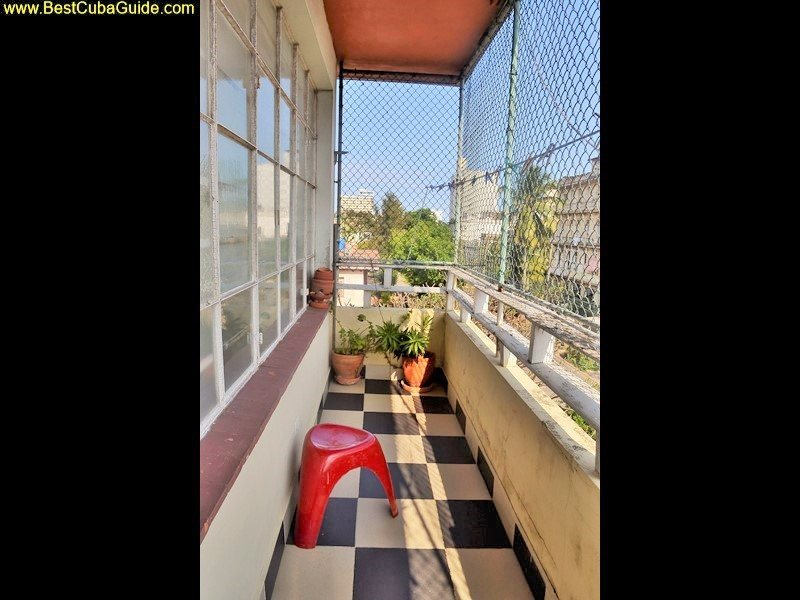 Independent apartment casa particular vedado Havana Ivelis nice terrace too view