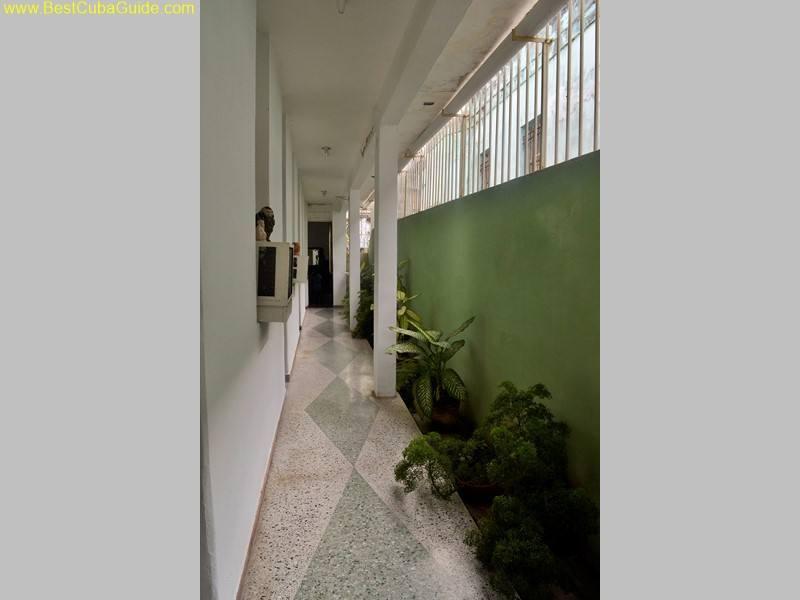 casa particular myrna vedado private hallway