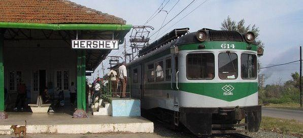 Hershey_electric_train
