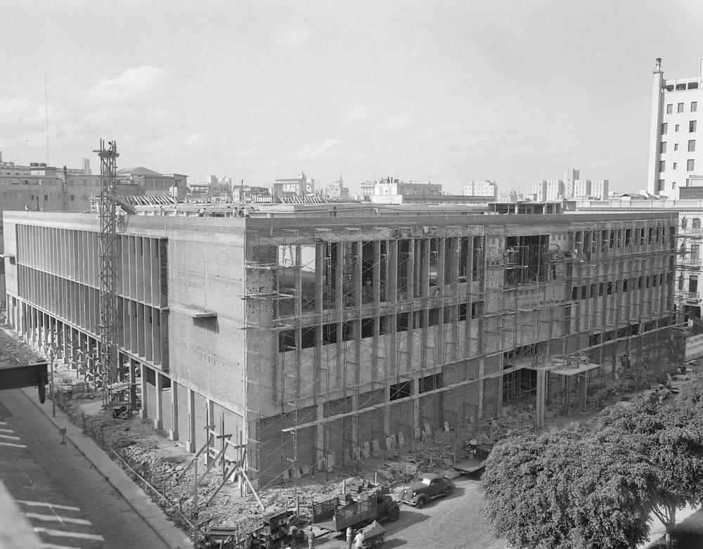 Museo Nacional de Bellas Artes de La Habana en construcción, principios de década 1950 - Havana Fine Arts Museum, under construction 1950s