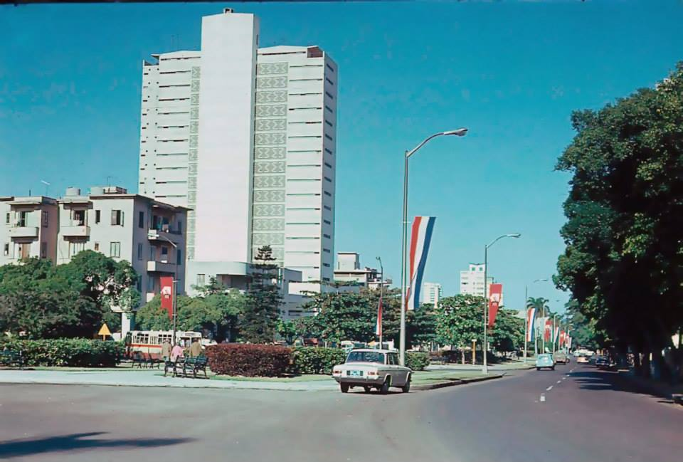 Avenida de los Presidentes, La Habana, 1975