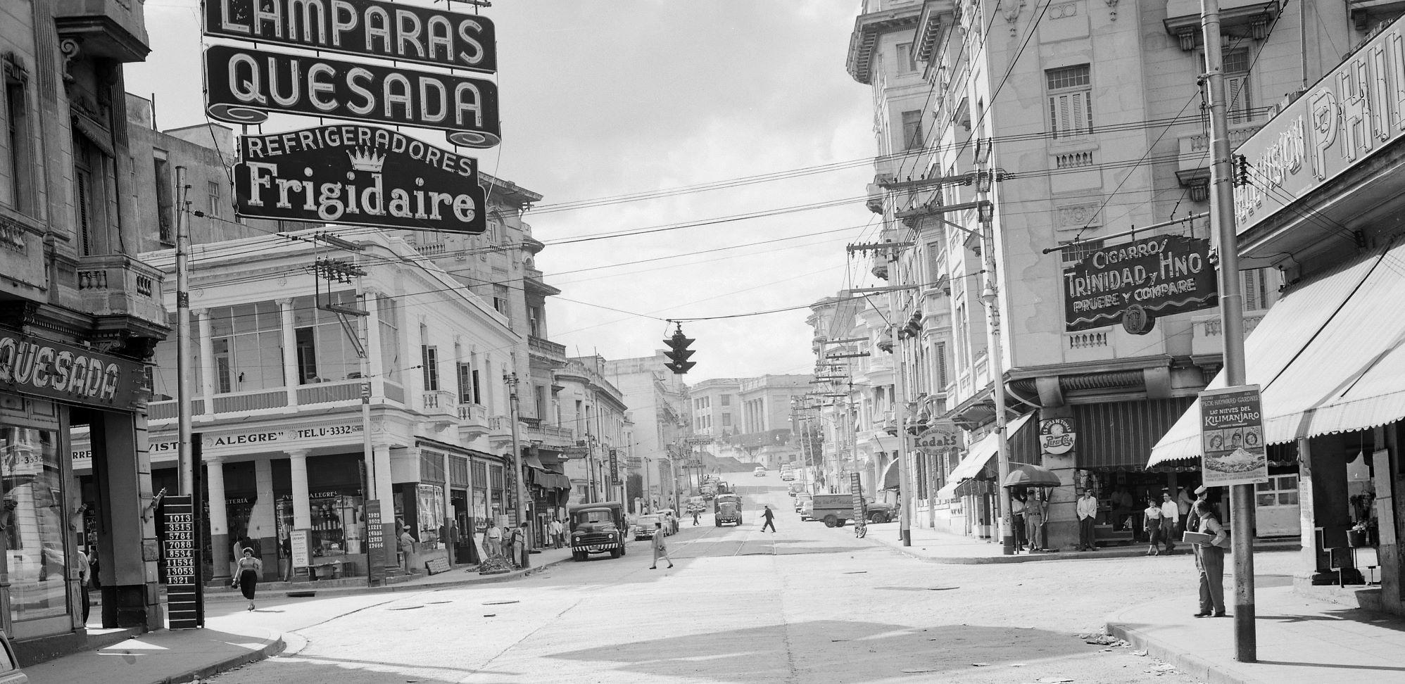 Infanta y San Lázaro, La Habana, 1952