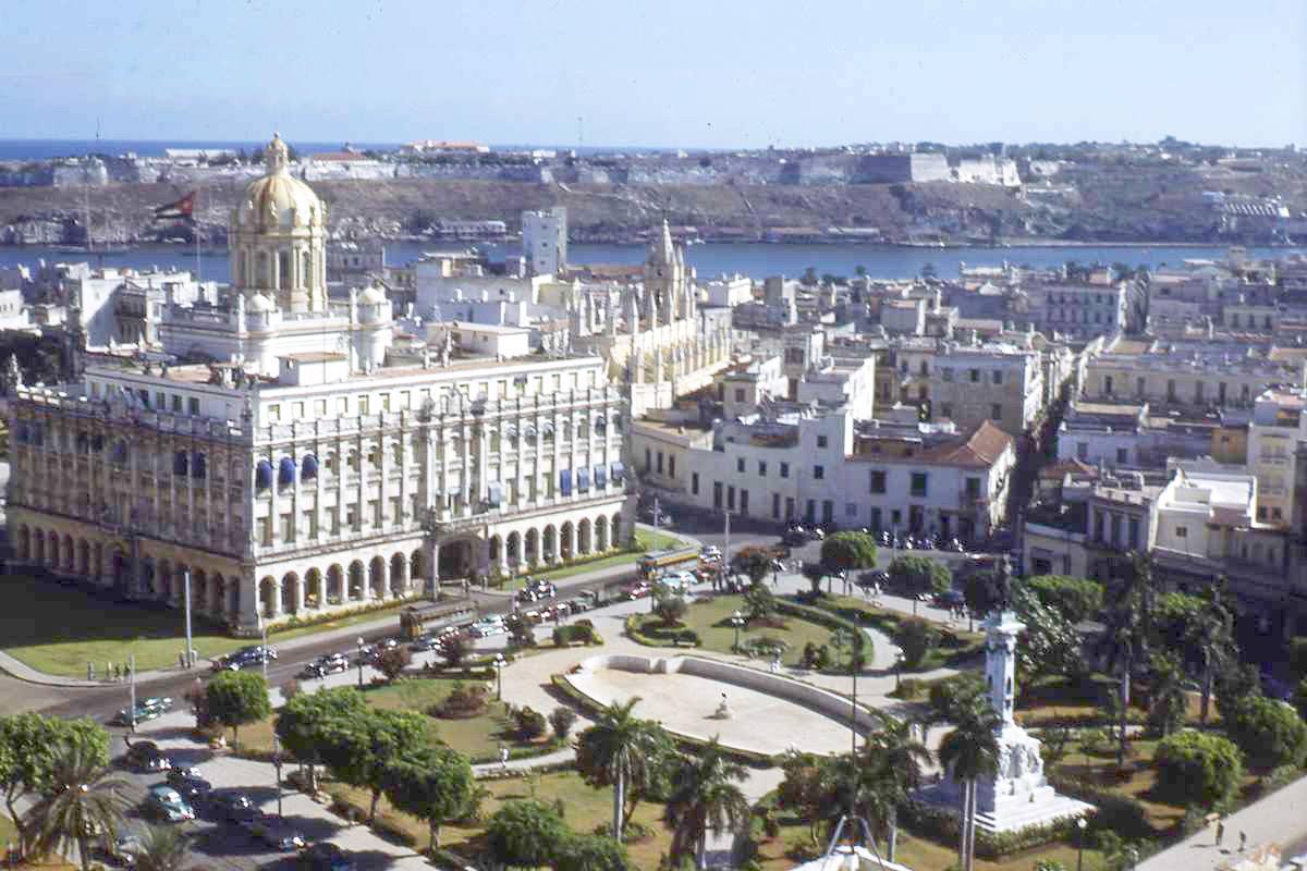 Parque Zayas y Palacio Presidencial, La Habana, ca. 1948