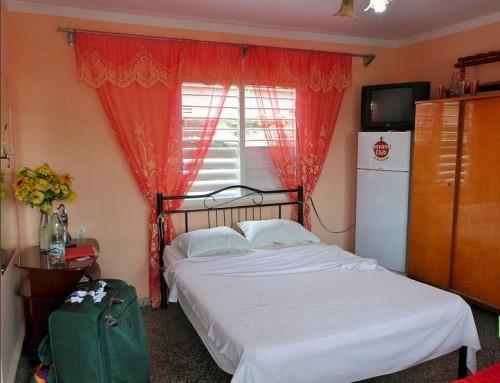 Casa Particular China y Isidoro- Independent Rooms – Cienfuegos